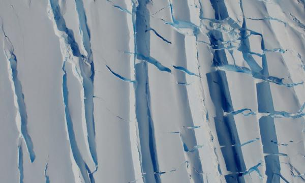 Arctic ice cracking