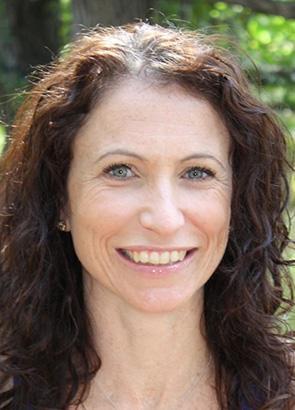 Sylvia Agnona